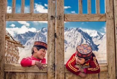 南疆特价活动| 喀什+吐鲁番+塔克拉玛干沙漠+库车大峡谷(9日行程)
