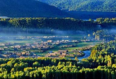 新疆独库五彩滩喀纳斯禾木赛里木湖那拉提吐鲁番天山天池(13日行程)