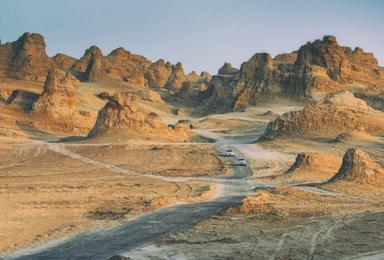 穿越无人区 神秘罗布泊+柴达木+哈拉奇湖沙漠越野(7日行程)