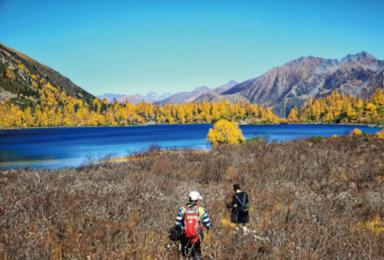 众神家园雅拉雪山 党岭葫芦海 莫斯卡徒步穿越(7日行程)