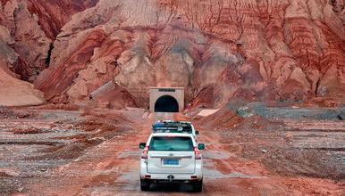 独库公路全段穿塔克拉玛干沙漠公路网红盘龙古道探秘之旅(10日行程)